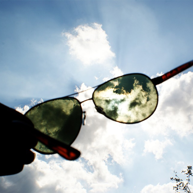 zakladka_oferta_soczewki-okularowe_soczewki-fotochromowe